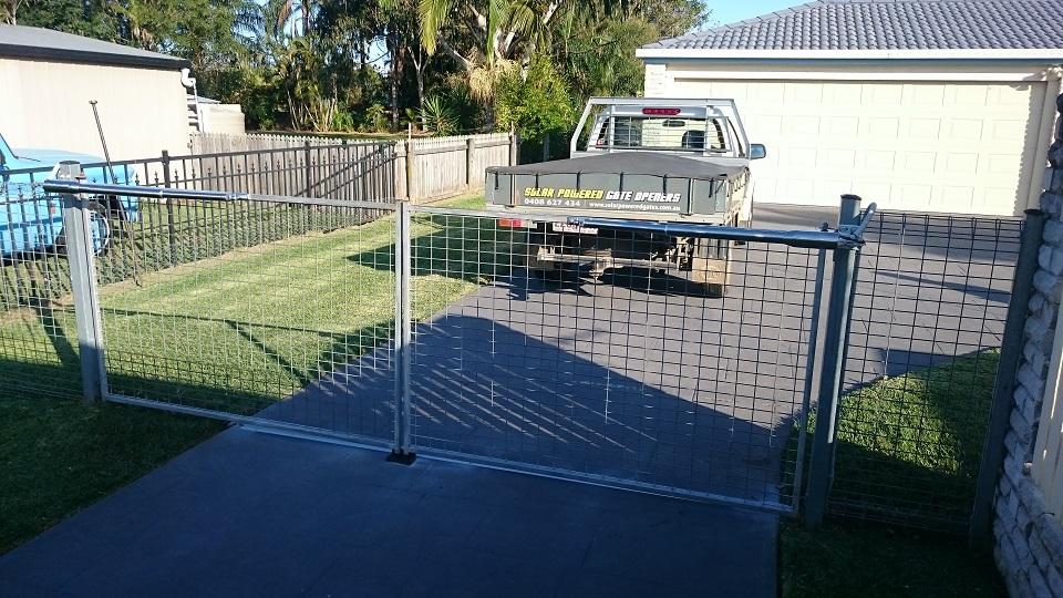240 Volt Double Swing Gate Opener Kit Installed Solar